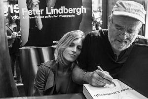 Anja Rubik żegna zmarłego fotografa - Petera Lindbergha