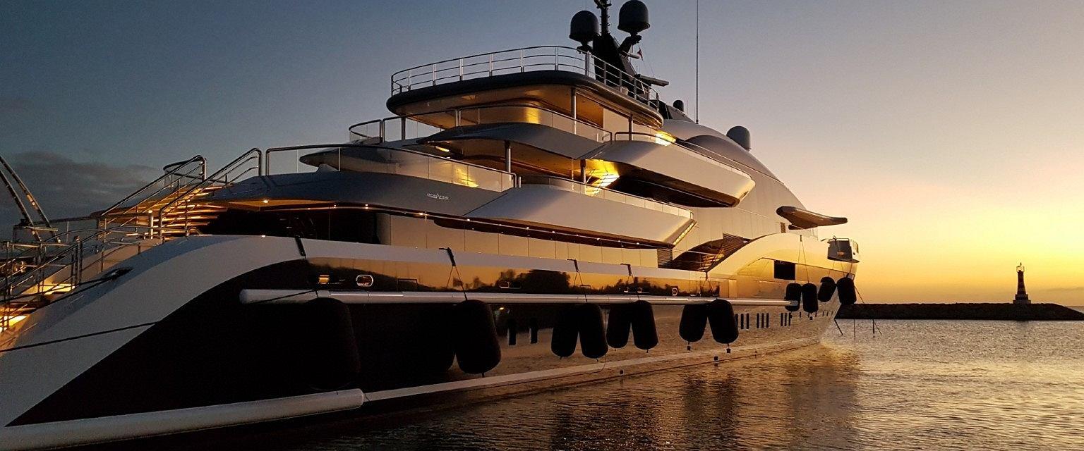 'Milionerzy prześcigają się w tym, który ma większy jacht' (fot: Agata Kurbiel)