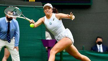 Mecz Igi Świątek i Su-Wei Hsieh w pierwszej rundzie Wimbledonu