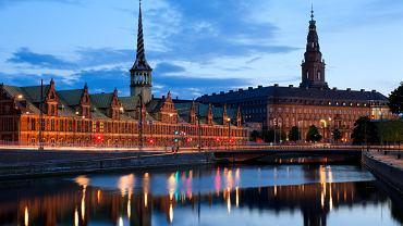 Dania Kopenhaga - Zamek Christiansborg / Shutterstock