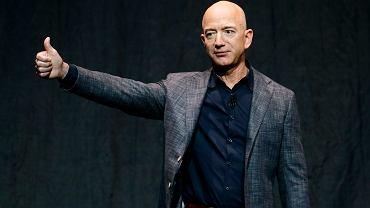 Tajemniczy milioner jednak nie poleci w kosmos. Jeff Bezos zabierze ze sobą studenta z Holandii