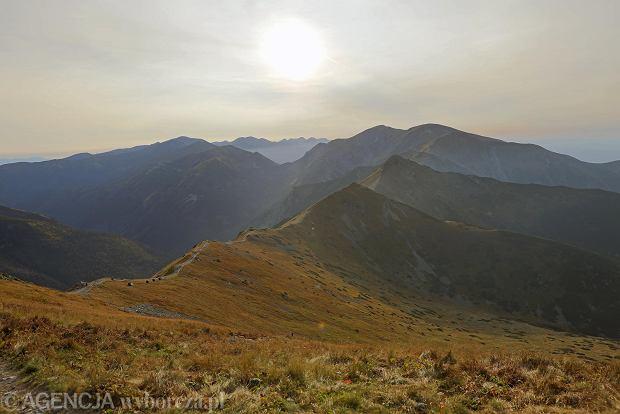 Zdjęcie numer 0 w galerii - Słoneczny koniec lata w Tatrach. Piękne widoki z Kasprowego Wierchu
