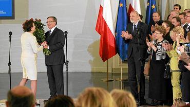 PiS do spółki z prezydentem elektem Andrzejem Dudą głoszą, że obóz polityczny Platformy jest w stanie ostatecznego rozkładu, po prostu w ruinie, tak jak w ruinie jest cała Polska.