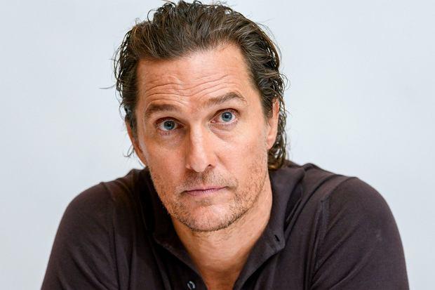 Ojciec Matthew McConaugheya zmarł w 1992 roku. Po latach aktor postanowił wyjawić, co było przyczyną zgonu.