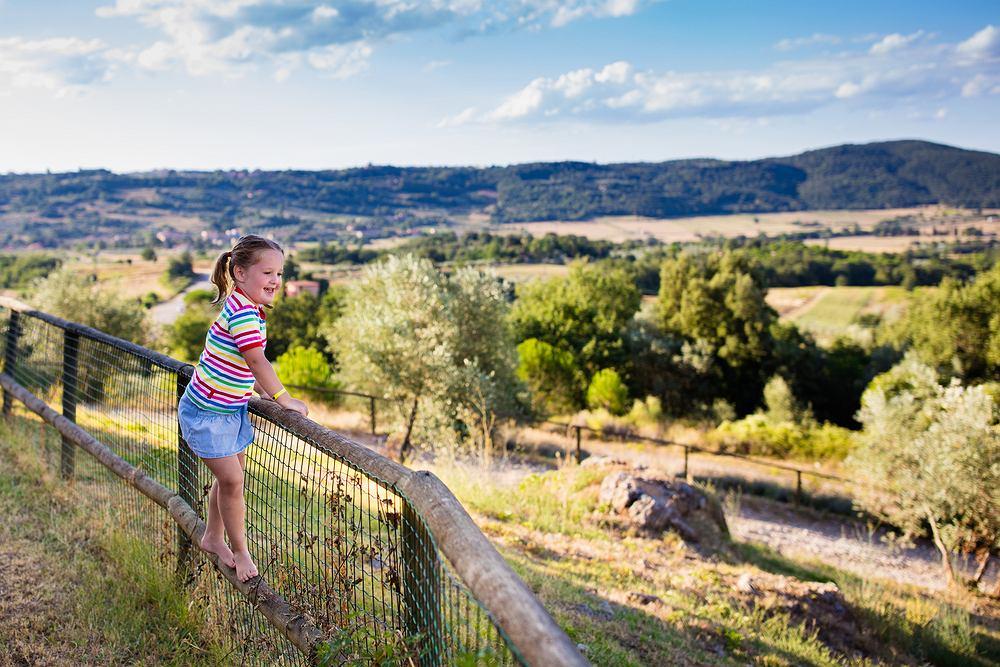 Coraz większą popularnością wśród Polaków cieszą się pobyty w gospodarstwach agroturystycznych