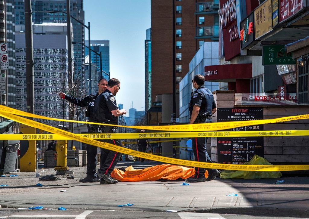 Ciężarówka wjechała w przechodniów. Toronto, 23 kwietnia 2018