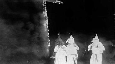 Członkowie Ku-Klux-Klanu - zdjęcie archiwalne