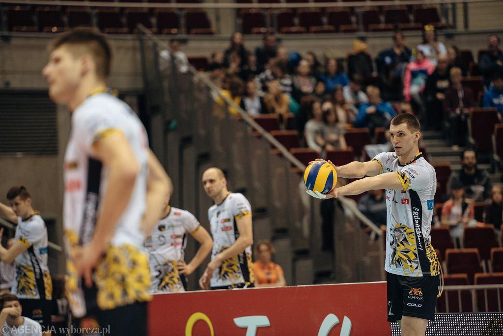 Trefl Gdańsk - Indykpol AZS Olsztyn 3:0, z prawej Maciej Muzaj
