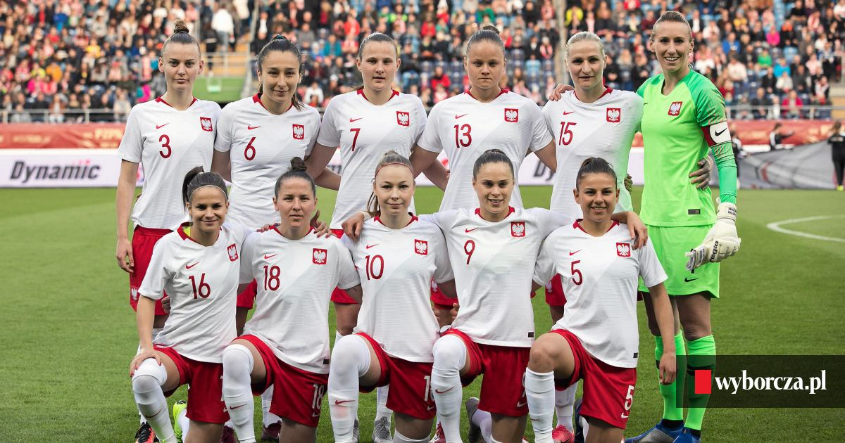 7f370d3b5 PZPN wyda miliony na piłkę kobiecą. Boniek: Dziewczyny mogą mieć takie same  marzenia jak chłopcy