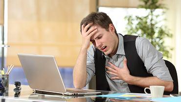 Występowanie ataków paniki może mieć bardzo różne przyczyny. To wszystko może mieć podłoże genetyczne, czasem spowodowane jest depresją lub traumatycznymi przeżyciami czy ciężkim wypadkiem