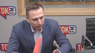 Krzysztof Brejza w studiu TOK FM.