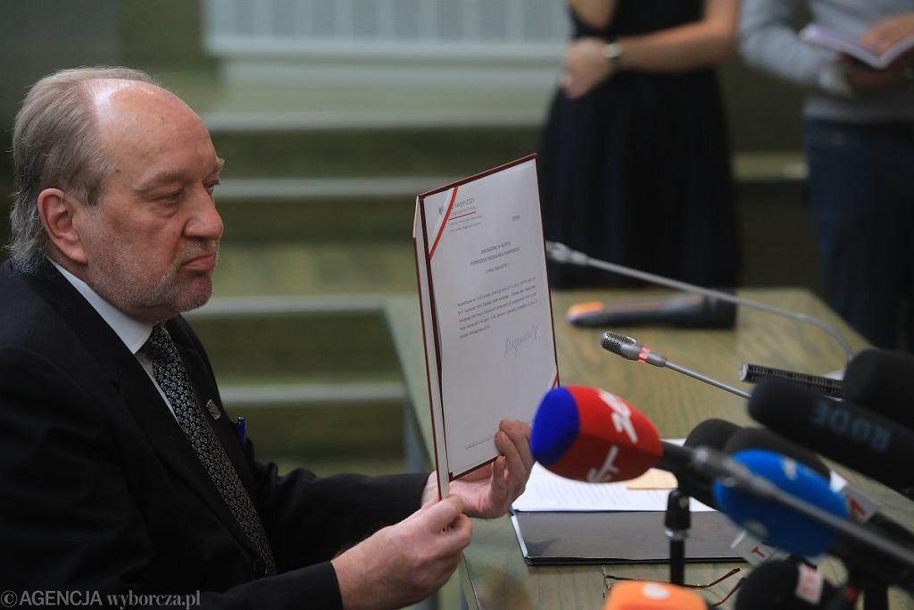Sąd Najwyższy. Sędzia Józef Iwulski, który zastępuje Małgorzatę Gersdorf pod jej nieobecnosć