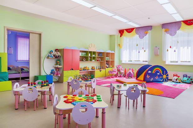 W przedszkolach nadal funkcjonują różowe kąciki lalek dla dziewczynek i kąciki samochodowe dla chłopców