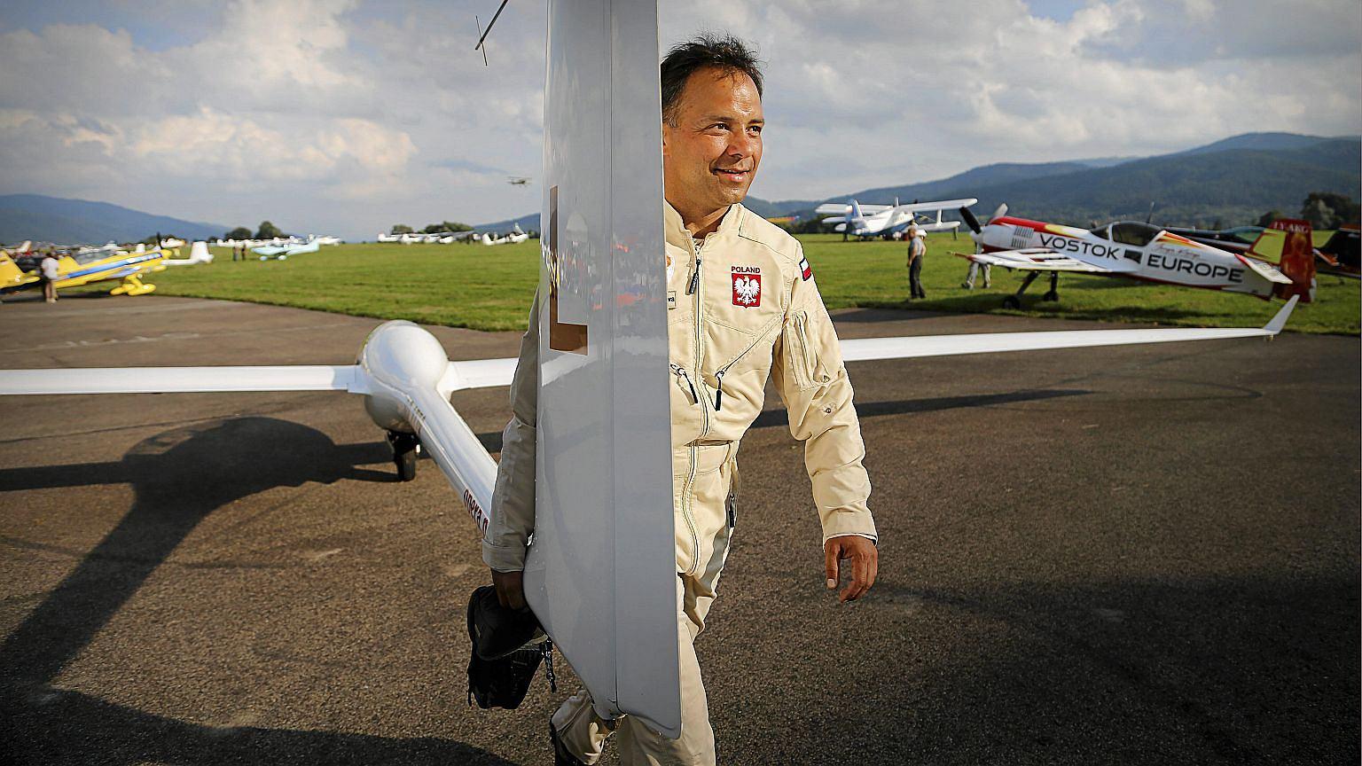 Sebastian Kawa,  wielokrotny mistrz świata w szybownictwie