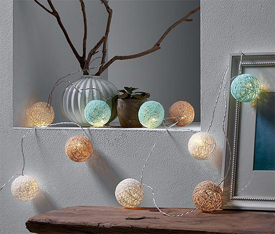 Delikatne cotton balls