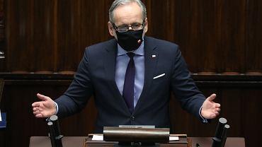 Minister zdrowia Adam Niedzielski dostaje groźby za ogłoszenie lockdownu. Niewykluczone, że otrzyma ochronę