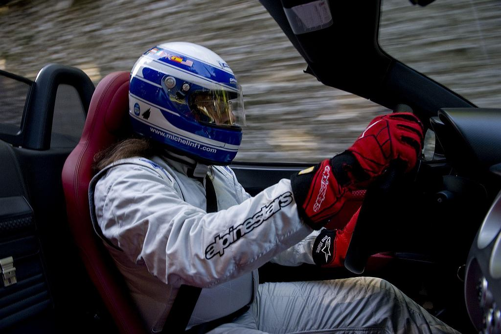 Za kierownicą Alfy Romeo 8C