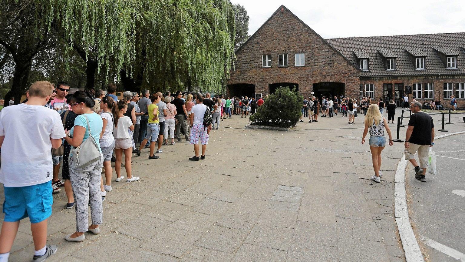 Muzeum Auschwitz-Birkenau odwiedza rocznie 2 mln turystów, do miasta zjeżdża zaledwie kilka tysięcy