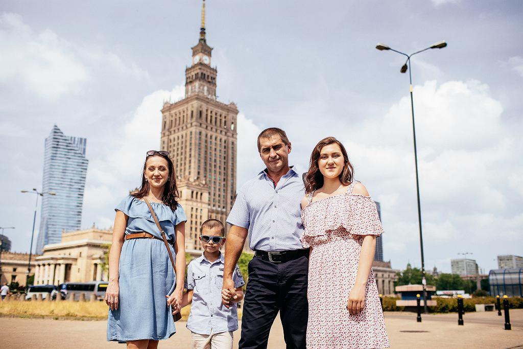 Andriej Sirowacki ze swoją rodziną