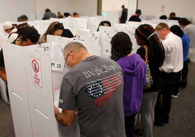 Głosowanie w San Diego, Kalifornia.