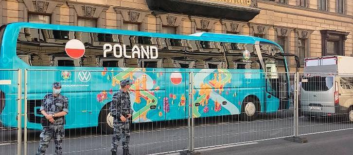 Nad Sankt Petersburg nadciąga armagedon! Ekstremalne warunki na meczu Polska - Szwecja na Euro 2020