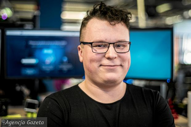 Artur Słowik, customer advocate w OVH