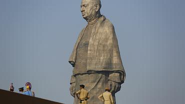 W Indiach odsłonięto najwyższy pomnik świata. Statua Jedności mierzy 182 metry