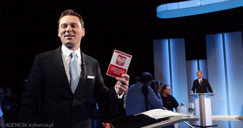 Krzysztof Ziemiec podczas debaty prezydenckiej w TVP