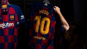 Nikt nie sprzedaje tylu koszulek Barcelony, co Leo Messi