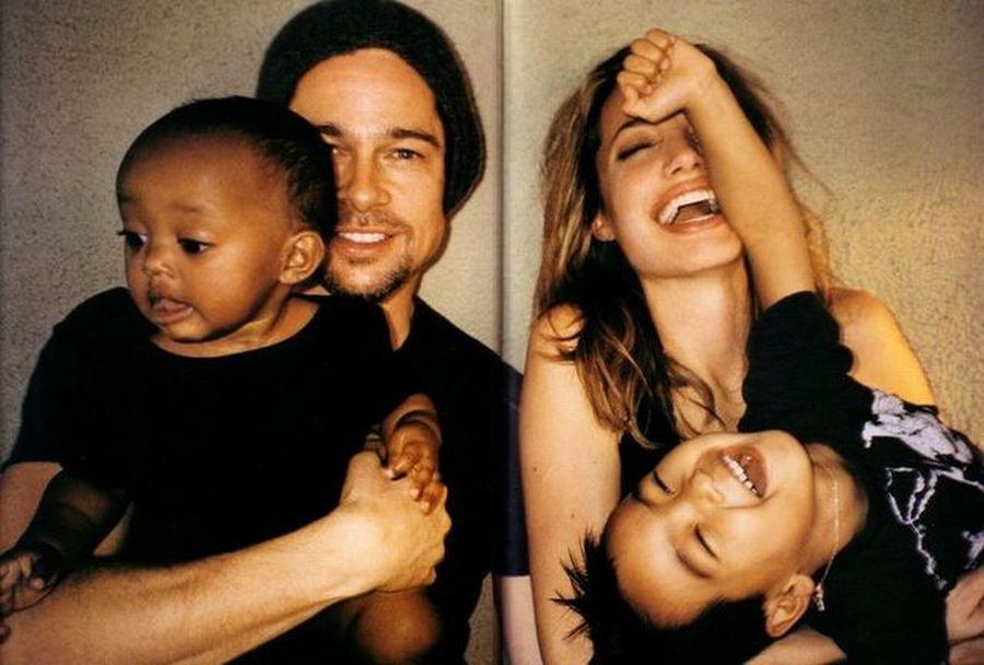 Angelina Jolie i Brad Pitt z Zaharą i Maddoxem.