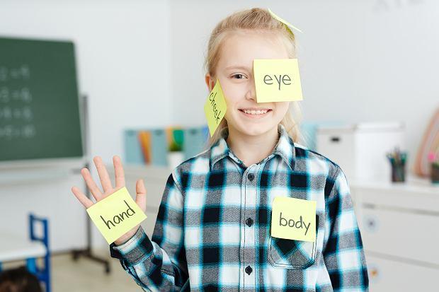 Angielski dla dzieci - od kiedy rozpocząć naukę i jakie są najlepsze metody?