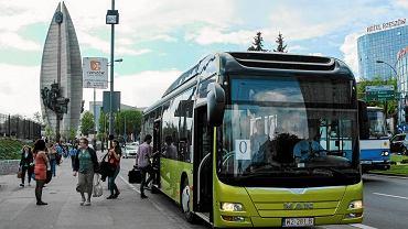 Elektryczne autobusy jeżdżą już m.in. po Rzeszowie
