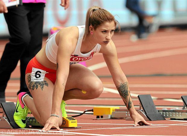 Ewa Swoboda przed biegiem eliminacji 100 metrów podczas MŚ 2017 w lekkoatletyce
