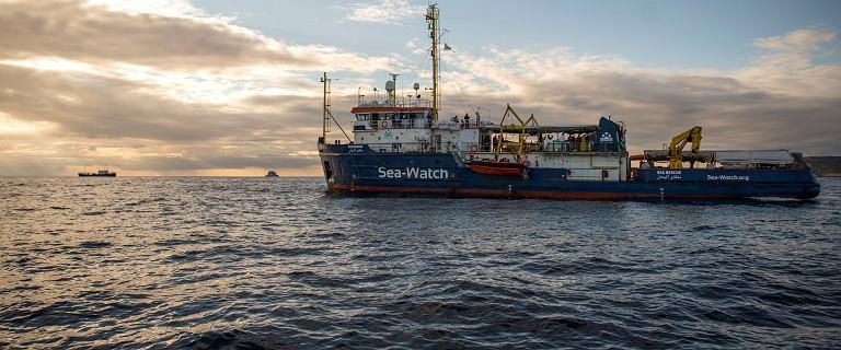 Zatonął ponton z migrantami. Ponad sto osób jest zaginionych