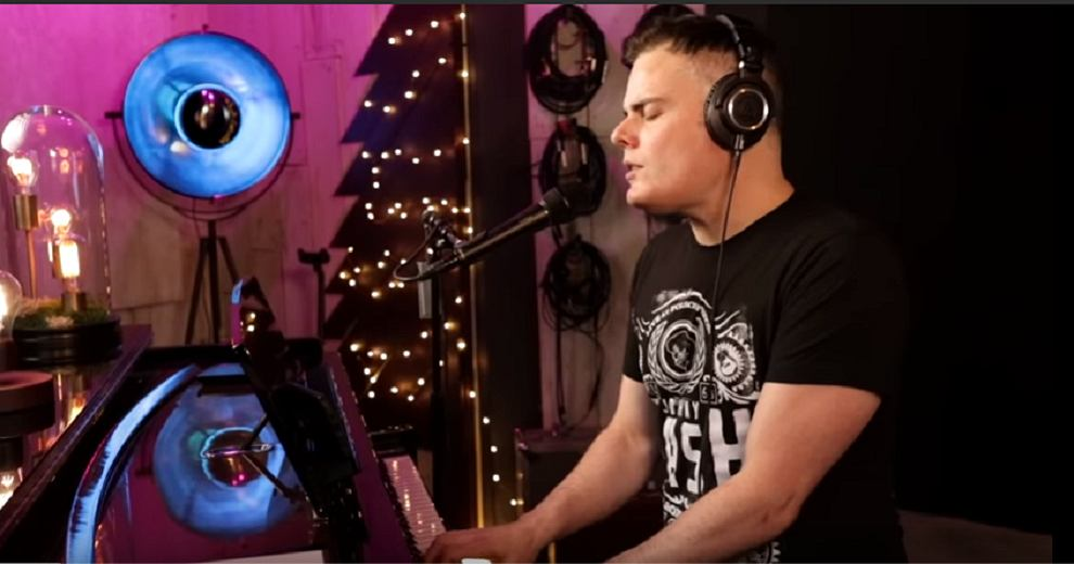 Marc Martel - Who Wants To Live Forever (Queen Cover)