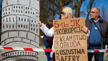 Konwencja PiS w Gdańsku. Protest przeciwników 'dobrej zmiany'