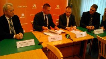 Podpisanie umowy na budowę S7