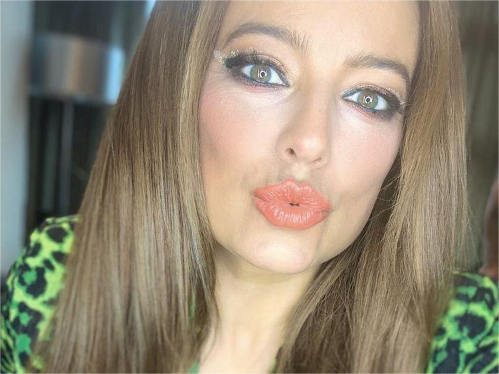 Anna Mucha zaskoczyła fanów nową fryzurą. Zdaniem niektórych stylizacja dodaje aktorce lat