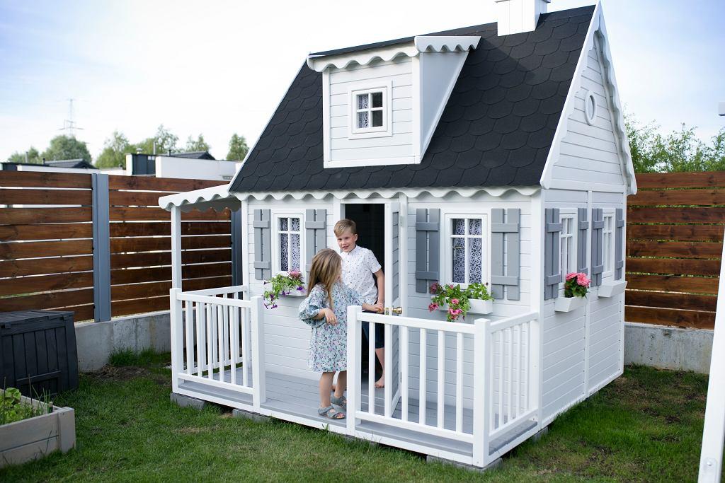 Bajkowy domek drewniany dla dzieci