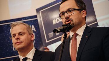 Marcin Horała (z prawej), Prawo i Sprawiedliwość