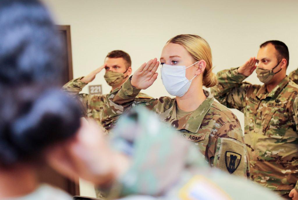 Amerykańscy żołnierze w czasach koronawirusa
