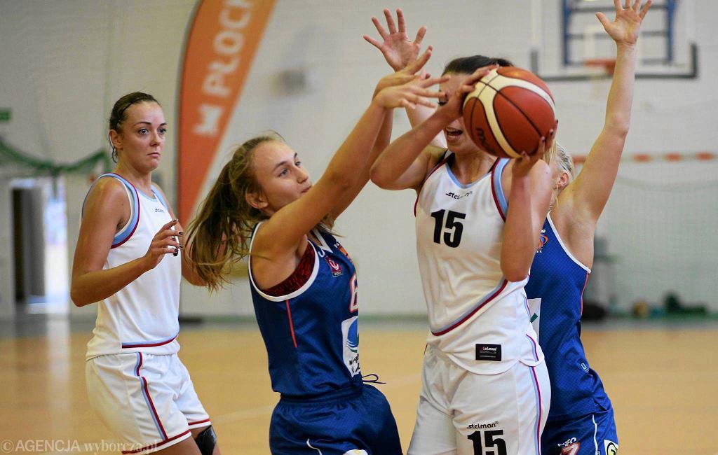 Koszykówka kobiet. Turniej z udziałem Mon-Polu Płock