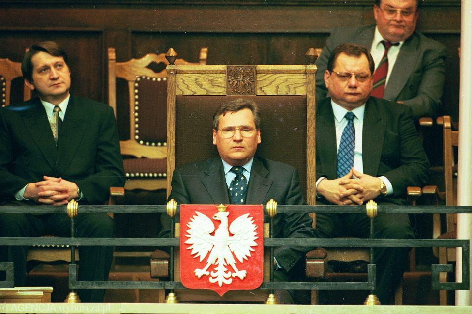 Zdjęcie numer 1 w galerii - Prezydenci i marszałkowie w obronie konstytucji.