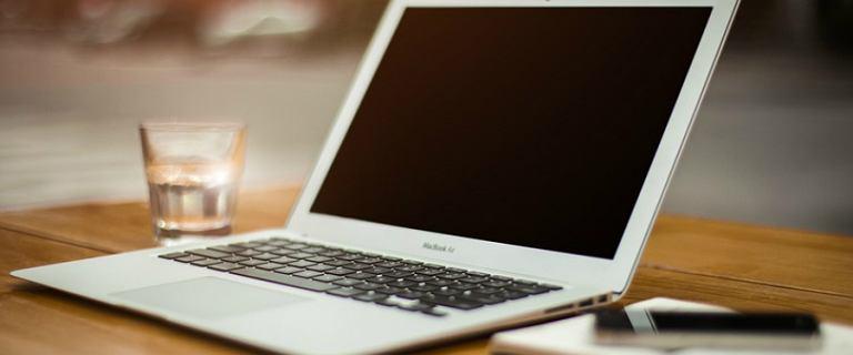 Jaki laptop do 1500 zł kupić? Wybieramy nasze TOP 5 najlepszych modeli!