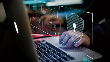 Jak zabezpieczyć sieć domową, żeby nie wyciekły z niej firmowe tajemnice?
