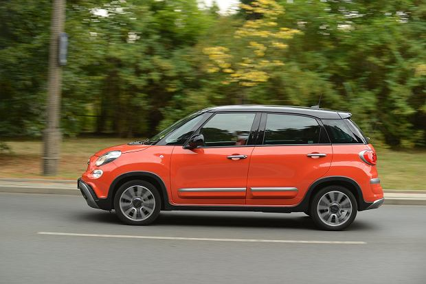 Fiat 500L Cross vs. Citroen C4 Cactus