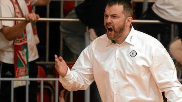 Trener Piotr Bakun