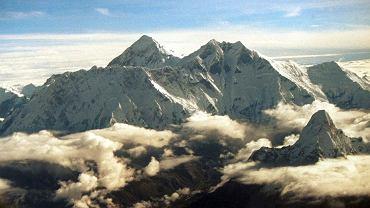 Tragedia w Nepalu. Na himalaistów zeszła lawina, nie żyje co najmniej dziewięć osób