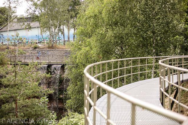 Zdjęcie numer 5 w galerii - Woda znów płynie po skałach Kadzielni, uruchomiono wodospad [ZDJĘCIA]