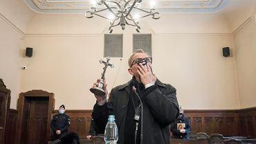 Ks. Michał Woźnicki, były salezjanin, podczas przesłuchania w poznańskim sądzie
